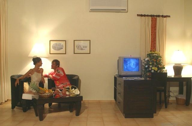 Отель Alona Palm Beach Resort, Филиппины