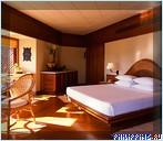 Спальня в бунгало. Отель Amanpulo, Филиппины