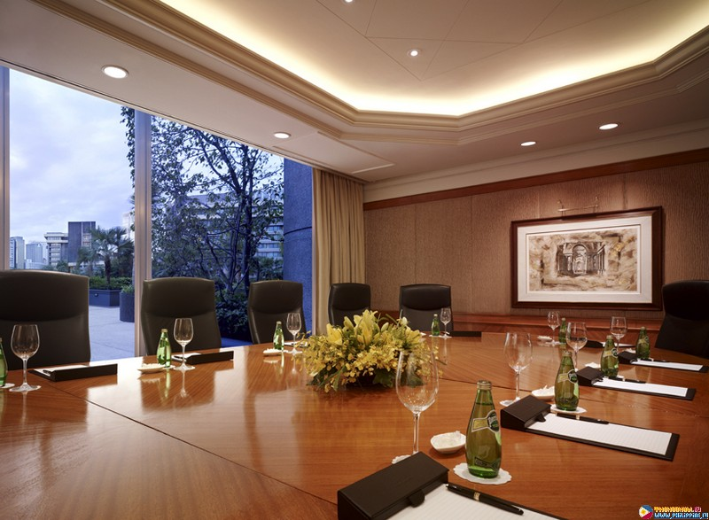 shangri la hotel case study Read this free business case study and other term papers, research papers and book reports shangri-la hotel section 1: startup sandy stewart and his wife margaret began the four seasons hotel after inheriting a big house in.