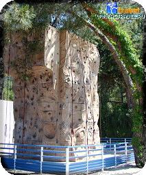 Стена для скалолазания в городке Club Med Kemer, Турция