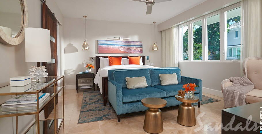 Номер Royal English Walkout Butler Hideaway Villa Suite with Patio Tranquility Soaking Tub в отеле Sandals Royal Bahamian