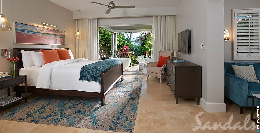 Номер Romeo & Juliet One Bedroom Butler Villa Suite with Outdoor Tranquility Soaking Tub в отеле Sandals Royal Bahamian