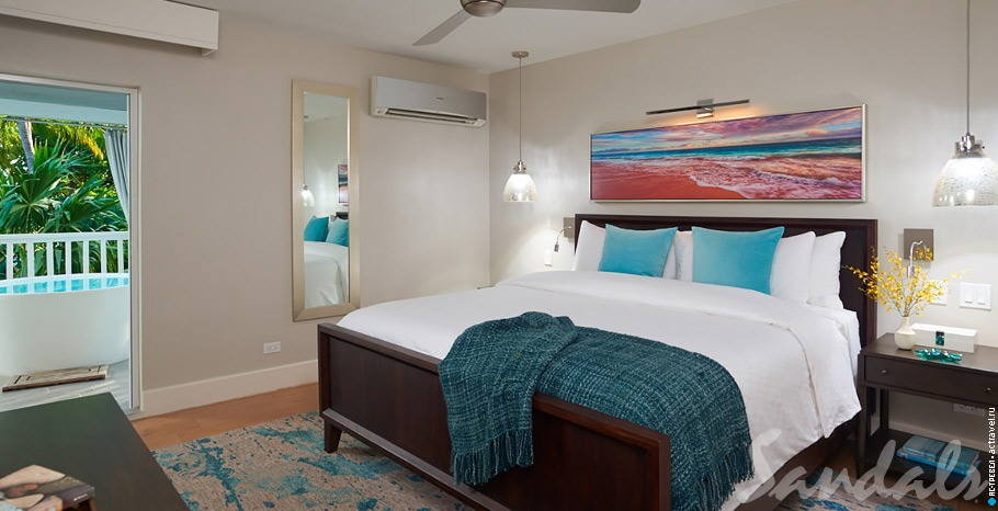 Номер Royal English One Bedroom Butler Villa Suite with Balcony Tranquility Soaking Tub в отеле Sandals Royal Bahamian